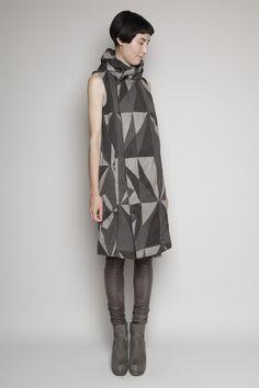 [d rk sh d w by rick owens] hooded sleeveless coat