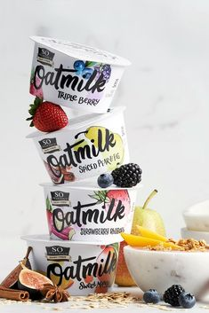 So Delicious Oatmilk Yogurt comes in four artisan-style flavors and is made without dairy, soy, coconut, and nuts. Also virtually fat-free. Dairy Free Diet, Dairy Free Recipes, Yogurt Packaging, Coffee Packaging, Bottle Packaging, Low Sugar Yogurt, Dairy Free Biscuits, Types Of Yogurt, Spiced Pear