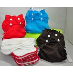 """<b>This is a final sale item. No exchanges or returns</b><br/>Our new Stay-Dry Microterry Starter kit includes 3 Envelope Covers in size 2 (Colours will vary), 9 Stay-Dry Microterry Inserts, 3 plush bamboo wipes and a size 1 Zip Sac. This new Starter Kit makes a GREAT shower gift and is an excellent way to try out cloth diapering with AppleCheeks!<br><br><br/>This starter kit also comes in size 1. <a href=""""http://www.snugglebugz.ca/microterry-starter-kit-size-1.html"""">Click here for size…"""