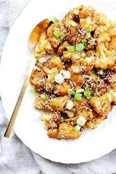 Sticky Sesame Cauliflower Wings | http://ourfourforks.com/cauliflower-wings/ #vegan #glutenfree