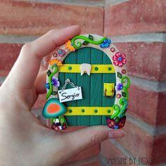 #fairydoor #fimo #polymerclay #etsyseller #etsy #handmade #imaginebylozoya #puertasdehadas #magicdoor