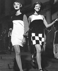 60s Mod Dresses: love shift dresses like this people seem to forget how beautifully simple and cool these shift dresses are. Up until the 60s dresses were always cinched in at the  waist and flaring out into tiers and ruffles, then came mod which shattered all the rules of a dress!