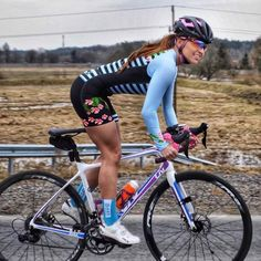 As a beginner mountain cyclist, it is quite natural for you to get a bit overloaded with all the mtb devices that you see in a bike shop or shop. There are numerous types of mountain bike accessori… Women's Cycling, Cycling Girls, Cycling Wear, Cycling Outfit, Cycling Workout, Cycling Jerseys, Road Bike Women, Bicycle Women, Bicycle Girl