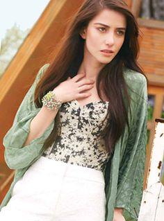 Özge Gürel - InStyle Magazine Pictorial [Turkey] (May - Sexy Photos Turkish Women Beautiful, Turkish Beauty, Actor Studio, Instyle Magazine, Sexy Girl, Turkish Actors, Celebs, Celebrities, Best Actress