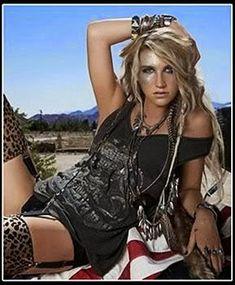 Cantantes de todos los Tiempos: Kesha - Biografia Lady Gaga, Joe Cocker, Roy Orbison, Michael Buble, Aretha Franklin, Stevie Wonder, Celine Dion, Elvis Crespo, Costumes