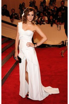 love Emma Watson, and loved her dress!