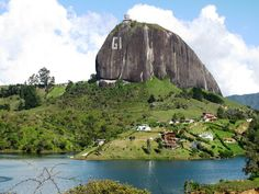 colombia_piedra_penol_antioquia Health Promotion, To Go, Mountains, Paradise, Travel, House, Colombia, Naturaleza, Life