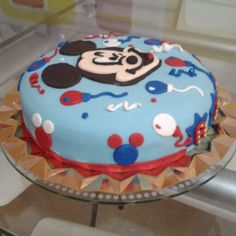 Mickey mouse cake party