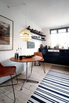 bo-bodre-round-dining-table - home me Interior Desing, Home Interior, Kitchen Interior, Interior Inspiration, Interior Architecture, Interior Decorating, Casas Interior, Decorating Ideas, Round Dining Table