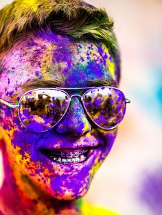 Colorful Portraits from the 2012 Festival of Colors by Thomas Hawk portraits holi color Holi Festival Of Colors, Holi Festival India, Holi Colors, Happy Holi, Lightroom, Photoshop, World Of Color, Color Of Life, Nature Editorial