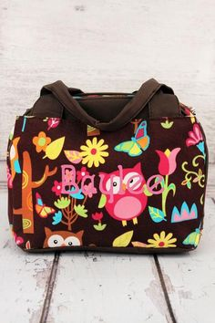Carry your lunch in style with this bowler style insulated lunch bag. Owl Give a Hoot Insulated Bowler Style Lunch Bag with Brown Trim #backtoschool #lunchbag #monogram