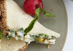 Sesame-Crusted Crab and Mango Tea Sandwiches - Bon Appétit