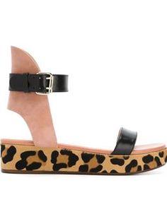 0a7235154 35 Best Ancient Greek Sandals at Mezzo Mezzo Fashion images ...
