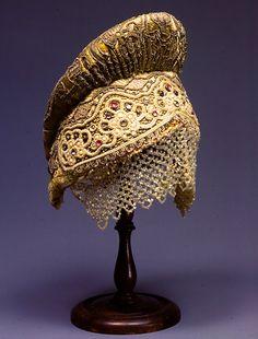 Лоскутные мелочи и не только.....: Старинные женские шапочки с выкройкой и описанием