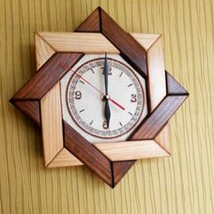 clock design ideas 520658406923847835 - DIY Wall Clock Ideas Source by angeliquekarole Woodworking Projects Diy, Woodworking Furniture, Diy Wood Projects, Wood Crafts, Woodworking Plans, Woodworking Videos, Diy Crafts, Diy Clock, Clock Decor
