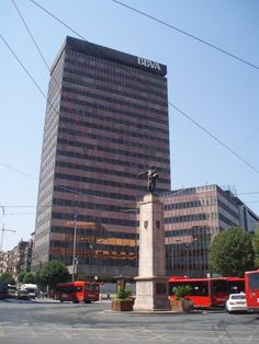 1000 images about arquitectura urbana urbis on pinterest le corbusier bilbao and norman foster - Cerrajeros bilbao ...