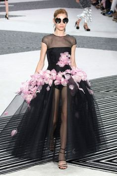 Giambattista Valli Couture Fall 2015. See all the best runway looks from Couture Week here.