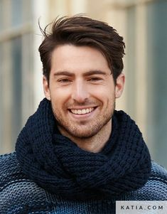patron tejer punto ganchillo hombre cuello otono invierno katia 5943 31 02 g Crochet Men, Crochet For Boys, Love Crochet, Boy Fashion, Mens Fashion, Smiling Man, Knit Wrap, Beard Styles, Crochet Clothes