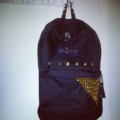 DIY Studded Jansport Bag! So far im the only one ive seen with it, did it first?!  @JanSport  #Jansport
