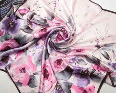 Nádherná dámska hodvábna šatka s motívom kvetov v ružovej farbe (4)