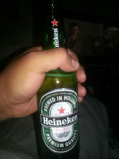 Old Fat, Alcohol Aesthetic, Beer Bottle, Drinks, Gifts, Law Of Attraction, Heineken, Drinking, Beverages