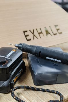 WORX MAKERX - battery powered rotary tool + angle grinder + wood/metal crafting (burning) tool - perfect for hardcore crafters! makes a great gift idea - rotary tool comes with lots of bits for detail work - quick heat up for woodburning crafts - comes with storage bag - 20V battery can be used with each tool and no plug required (sponsor) Diy Furniture Decor, Furniture Makeover, Wood Burning Crafts, Angle Grinder, Rotary Tool, Woodburning, Get The Job, Furniture Inspiration, Diy Tools