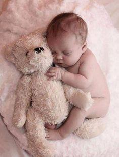Cute Baby Photos, Newborn Baby Photos, Newborn Shoot, Newborn Baby Photography, Newborn Pictures, Baby Girl Newborn, Baby Girls, Book Bebe, Baby Shooting