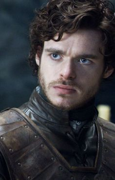 Richard Madden as Robb Stark of Winterfell - King of the North Richard Madden, Winter Is Here, Winter Is Coming, Got Serie, Got Merchandise, Medici Masters Of Florence, The North Remembers, King In The North, My Sun And Stars
