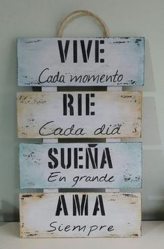 Positive Phrases, Motivational Phrases, Inspirational Quotes, Rustic Farmhouse Decor, Spanish Quotes, Home Deco, Ideas Para, Wood Signs, Decoupage