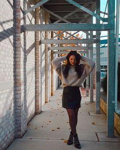 WEBSTA @its_mathilde Le lien de ce look est toujours dans ma barre de description ☺️ Vous trouverez dans l'article différentes sélections pour pouvoir le reproduire 😉 Encore un bon weekend 😘 . . . Bon Weekend, Blog Voyage, Barre, Selfie, Instagram, Fashion Styles, Selfies