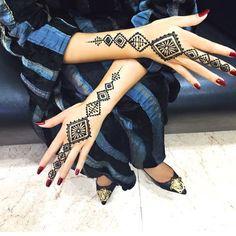 "5,058 Likes, 126 Comments - Ubercode: hennainspire (@hennainspire) on Instagram: ""Henna @shaikha.alzubaidi"""