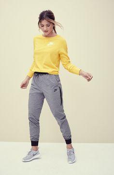 b0139fc11a83 Nike  Gym  Crewneck Sweatshirt