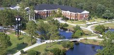 UNCW: NC Most Beautiful College campus (plus it's at the beach)