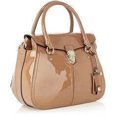 Karen Millen Patent maxi box bag ($175) ❤ liked on Polyvore featuring bags, handbags, bolsas, purses, taupe, beige purse, taupe handbag, bowling bags, patent purse and flap handbags