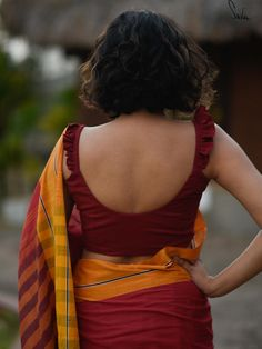 Story All the other planets are brilliant too, but she is the earth. All the oth. Story All the ot Saree Blouse Neck Designs, Saree Blouse Patterns, Saree Jackets, Stylish Blouse Design, Saree Look, Indian Beauty Saree, Indian Designer Wear, Blouse Styles, Clothes For Women