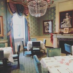 Beautiful Queen's Room at Brennan's restaurant designed by @richard_keith_langham #neworleans #frenchquarter #nola  #Louisiana #design by keithecarroll