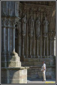 Tui, Pórtico de la Catedral  Pontevedra
