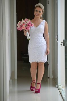 Lace Dress Styles, Fashion Photography Poses, Rehearsal Dress, Classy Dress, Bridal Dresses, Party Dress, Fashion Dresses, White Dress, Style Inspiration