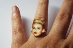 Miley Cyrus Ring / Adjustable Ring / Statement Ring / by Junylie