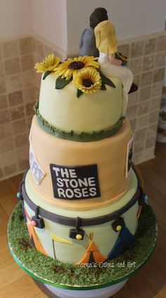 Music festival wedding cake. The Stone Roses