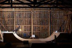 THE HANGAR FOR THE SKATEBOARDING Mini Ramp, Skate Board, Rollers, Skateboarding, Pools, Surfing, June, Boards, Home And Garden