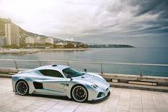 La voiture Evantra V8 : émotion et caractère à découvrir sur The Milliardaire - themilliardaire.com