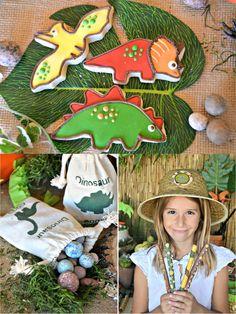 PARTY BLOG by BirdsParty|Printables|Parties|DIYCrafts|Recipes|Ideas: An AMAZING Dinosaur Adventure Birthday Party!