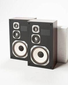 MU030 Guru Speaker Set.jpg