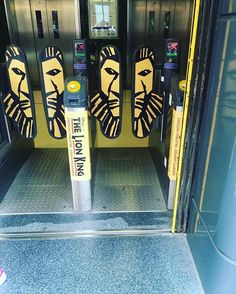 While working on my project I came across this. The Lion King PR team came up with this cool idea on the underground to get people's…#UniversityofMiami #Miami #London #StudyAbroad #GreenAndOrange #Hurricanes #GoCanes #CANES #Students #Experience #PublicRelations #PR #Learn #Culture #AroundTheWorld #UM #UMiami #WeAreSoC #SchoolofCommunication #Communications #Advertising #Journalism #Broadcast #UK #GreatBritain #TrainStation #Train #Subway #theLionKing #Mufasa #BroadWay #Amazing #MustSee