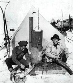 Hurley & Shackleton at Ocean Camp.