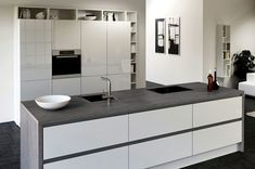 gray kitchen countertop white cabinets modern kitchen design ideas  #kitchen #interiors #ceramic