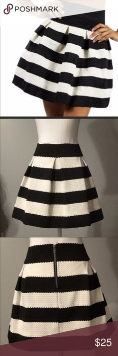 Honey punch skirt Black and white Honey Punch A line skater skirt. Great with black tights and heels for work or with a little tank and heels for a night on the town! Honey Punch Skirts Mini