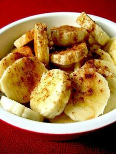 Pinner writes...Hmm, baked #bananas with #honey & #cinnamon! Have you tired this before? Tastes delicious for breakfast!