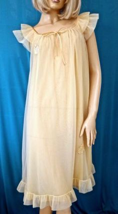 GOSSARD ATREMIS YELLOW SHEER NYLON RUFFLE-FLUTTER SLEEVE-APPLIQUE NIGHTGOWN-M